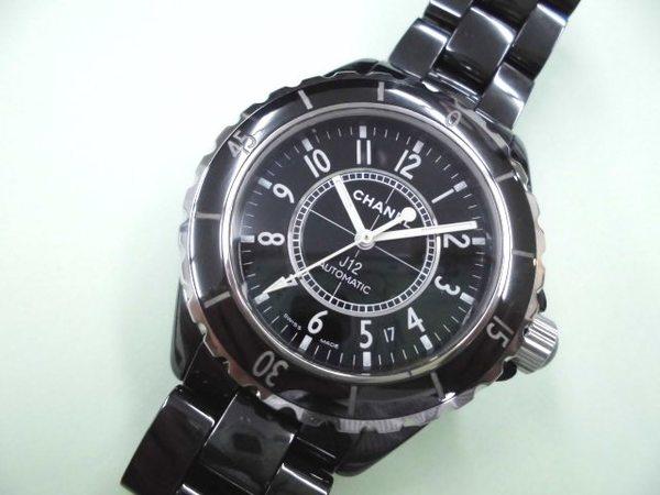 シャネル CHANEL 時計 J12を買取しました。サムネイル